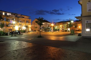 Spellen_Marktplatz_Nacht